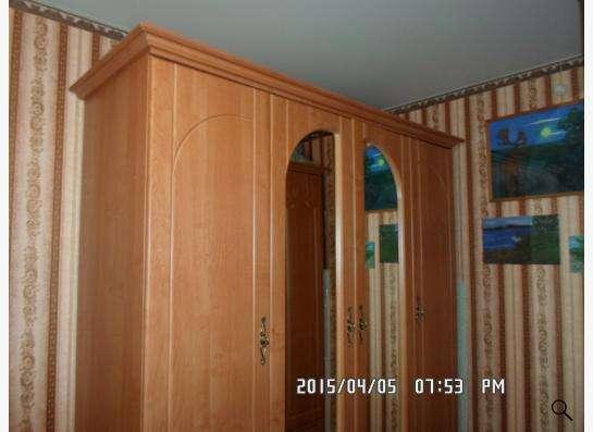 шкаф с зеркаами