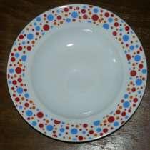 Куплю набор тарелок (дорог, как память), в Москве