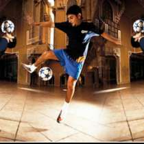 Live performance of professional football Freestylers, в г.Cherokee