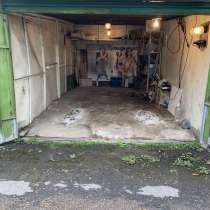Продаю металлический гараж (бокс) в ГСК, в Москве