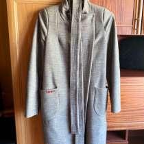 Пальто, в Зернограде