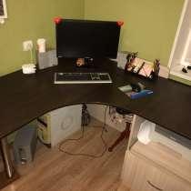 Угловой стол, письменный, в Омске