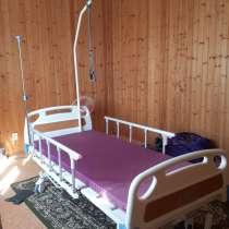 Кровать для лежачих больных с противопролежневым матрасом, в Ейске