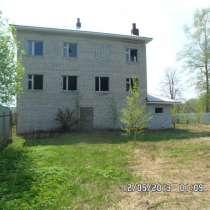 Дом в деревне недострой 500м2 1800000 цена 18 соток земли, в Александрове