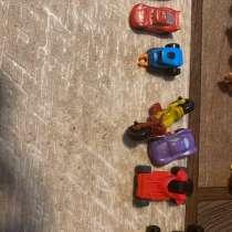 Игрушки из Киндер, в Кинели