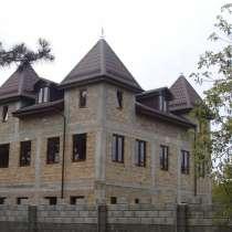 Продаётся Рыцарский замок «Кот в сапогах» и Домик для гостей, в Севастополе