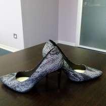 Продам туфли на шпильке, в Москве