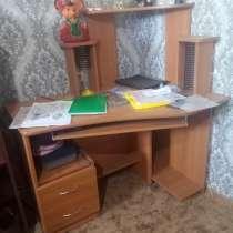 Продам мебель в хорошем состоянии недорого, в Новошахтинске