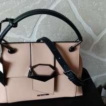 Сумочка из новой коллекции фирма Cromia Италия, в Озерске