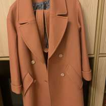 Новое пальто, шерсть, шикарное качество, в Владивостоке