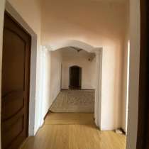 10-комнатный дом, 600 м², Балакаева, в г.Алматы