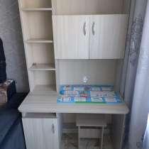 Продам письменный стол, состояние хорошее, в Иркутске