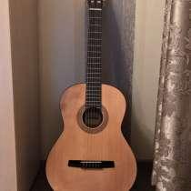 Классическая акустическая гитара HOHNER HC06, в Москве