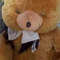 Медведь мягкий большой, в Кисловодске