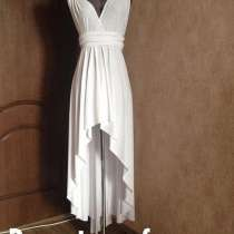 Платье новое идеально на свадебный танец и на море, в Москве