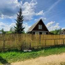 Жилой дом 100 м2, / сруб /, гараж, баня на 10 сотках, в Рузе