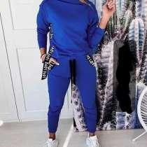 Спортивный женский костюм, в Энгельсе