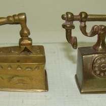 Игрушки кукольные миниатюры Утюг и Телефон (Q716), в Москве