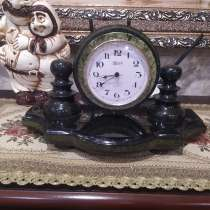 Продам Винтажные, каминные Часы, из натурального камня, в г.Hung Hom