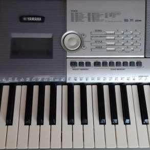 Продаю синтезатор Yamaha PSR 295 б/у, в г.Донецк
