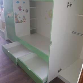 Продам двухъярусную кровать, в Комсомольске-на-Амуре