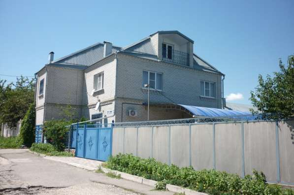 Продам 2-х этажный дом, Пятигорск, пос. Новый, пл.200 кв. м