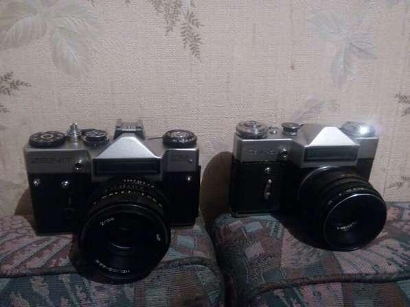 Продам фотоаппарат. Зенит-Е. Зенит- ЕМ по 3000р каждый