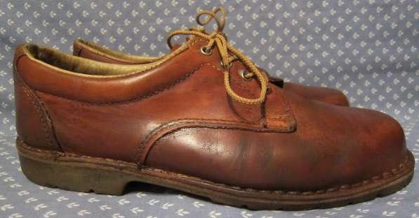 Кроссовки, классические туфли в Калининграде