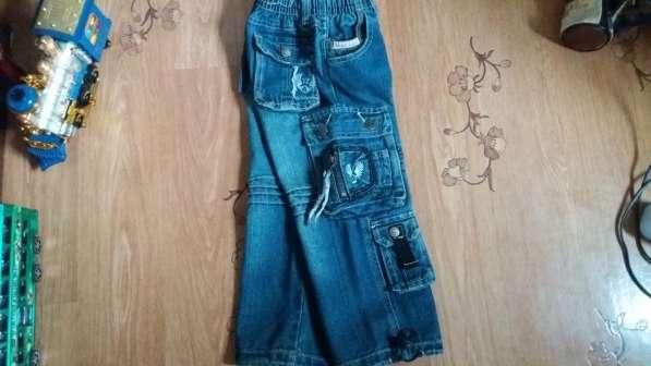 Стильные джинсы на рост 104 в фото 8