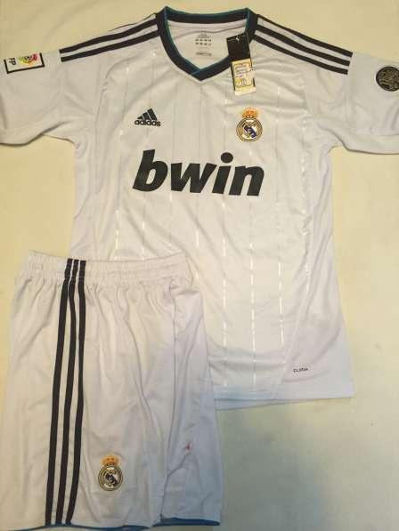 Новая футбольная форма Реала