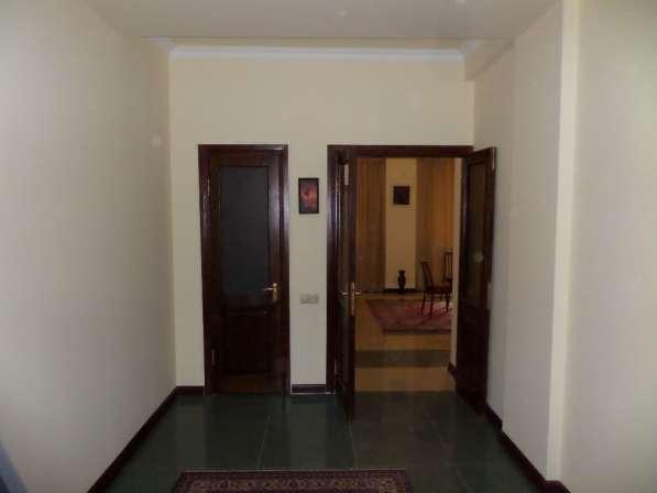 Уютная светлая квартира В Ереване;Новостройка,2 комнатная в фото 16