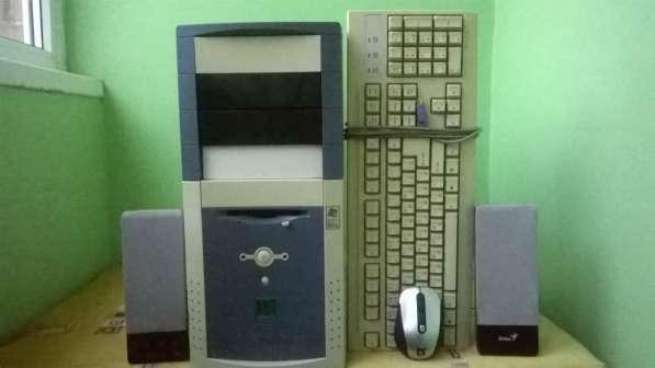 Продается компьютер + беспроводная мышь + аудио колонки