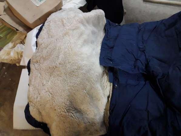 Овчина: 3 спальника, 2 полушубка, 1 меховые штаны в Томске фото 5