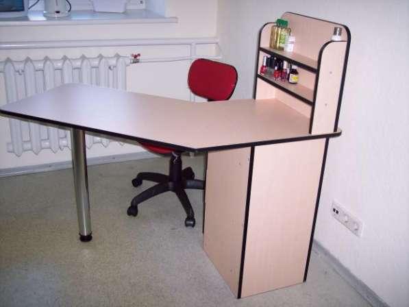 Маникюрные столы на любой вкус