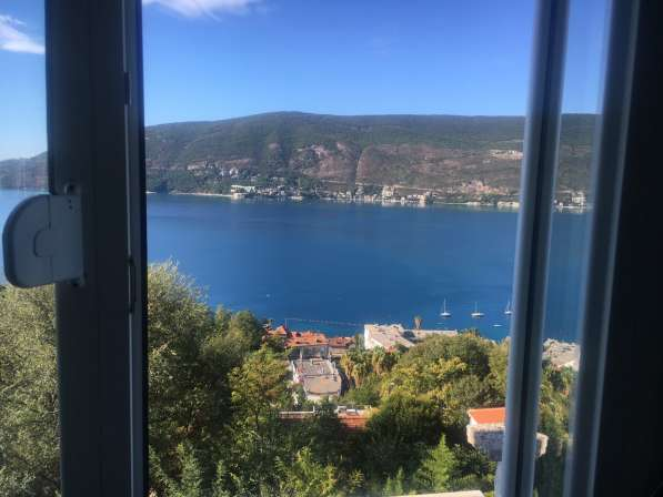 Меняю квартиру Черногории на крым или продам