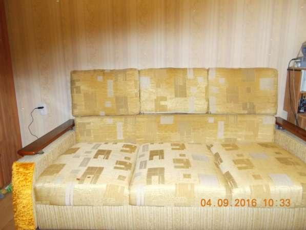 Продаю раздвижной диван