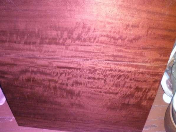 Стол обеденный полированный цвет вишня
