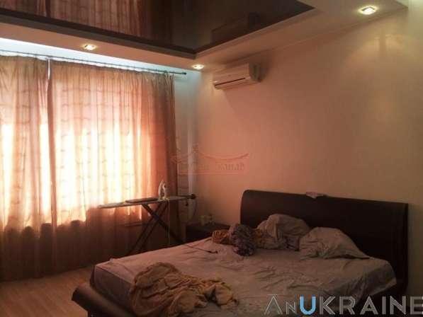 Квартира в новом доме в Центре Одессы