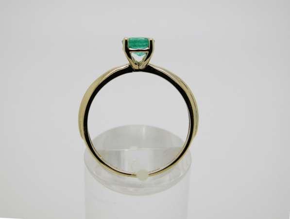 Золотое кольцо с круглым Изумрудом в Москве фото 5