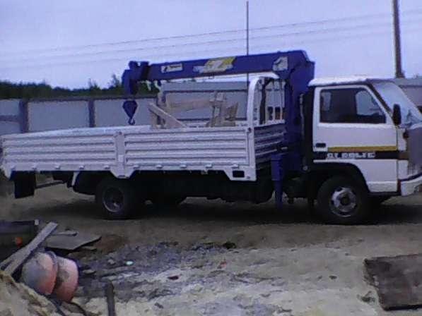 Самопогрузчик манипулятор, грузовик бортовой с кму