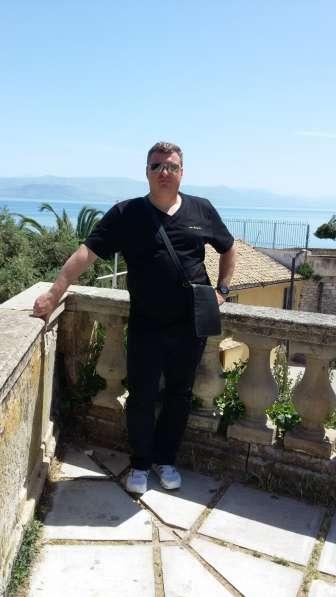 Станислав, 42 года, хочет пообщаться