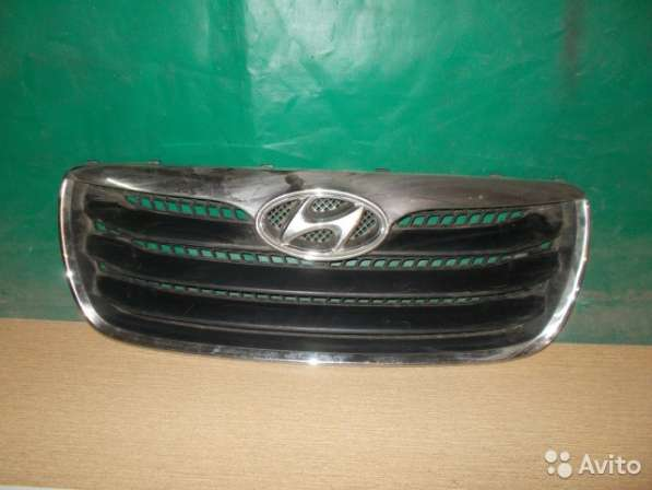 Решетка радиатора на Hyundai Santa Fe 2