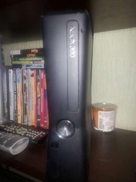 Kinekt + xbox 360 + 20 видеоигр(официально купленых)