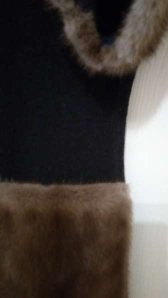 Жилет из 100% с отделкой норка в Москве фото 3