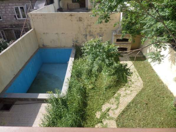 Арабкир, красивый дом, бассейн, 3 спальни в