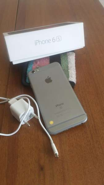 IPhone 6s 64gb. 28000rub