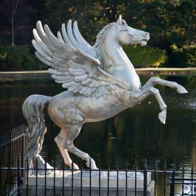 """скульптура из металла""""Пегас"""""""