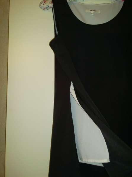 Блузка черно-белая, без рукавов