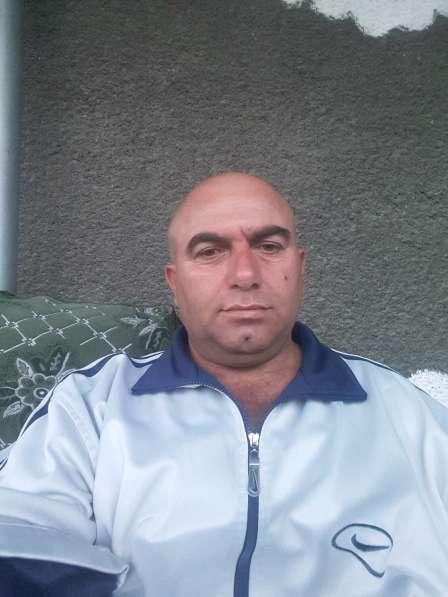 Ruslan, 41 год, хочет пообщаться