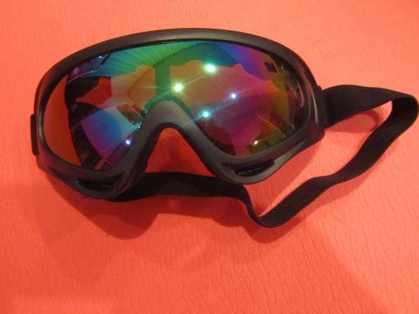 Солнцезащитные очки для сноуборда